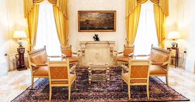 I segreti di Palazzo d'Orleans: la stanza nascosta che smista le  comunicazioni