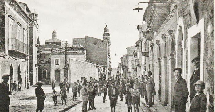 Ha avuto tanti nomi quante sono le sue leggende: Barrafranca, la Sicilia quella sconosciuta