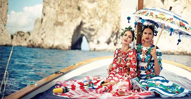 Dolce & Gabbana, maxi sfilata tra curiosità e piazze blindate