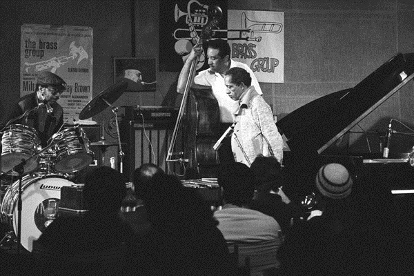 Tate, Ray Brown, Milt Jackson e Monty Alexander nel 1980